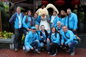 Foto van alle vrijwilligers van de oktoberreis